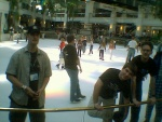And, now presenting the Quakecon 2003 Ice Capades!