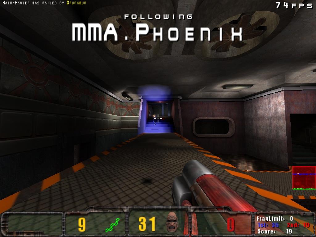 Phoenix lines up a shot
